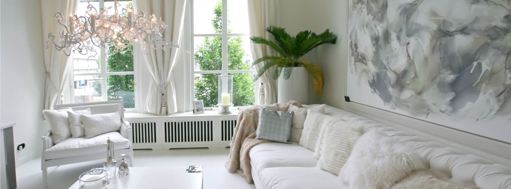 Vardagsrum i vitt